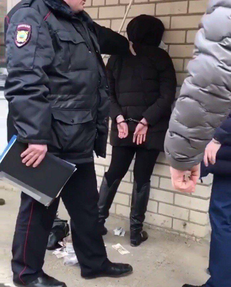 Жительница Ставрополя с ножом напала на сотрудницу аптеки