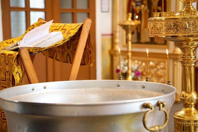 В Ессентуках священник ударил ребёнка головой о купель во время крещения