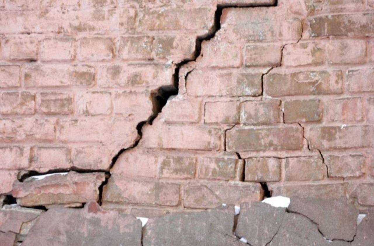 В Минераловодском округе сняли режим ЧС из-за трещин в доме