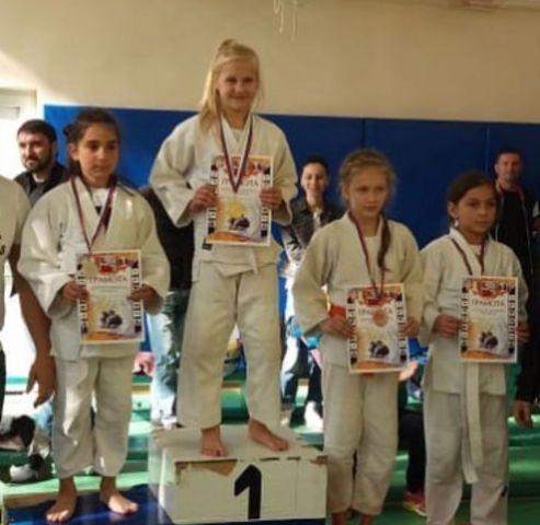 Школьница из Железноводска стала золотой медалисткой открытого турнира по дзюдо