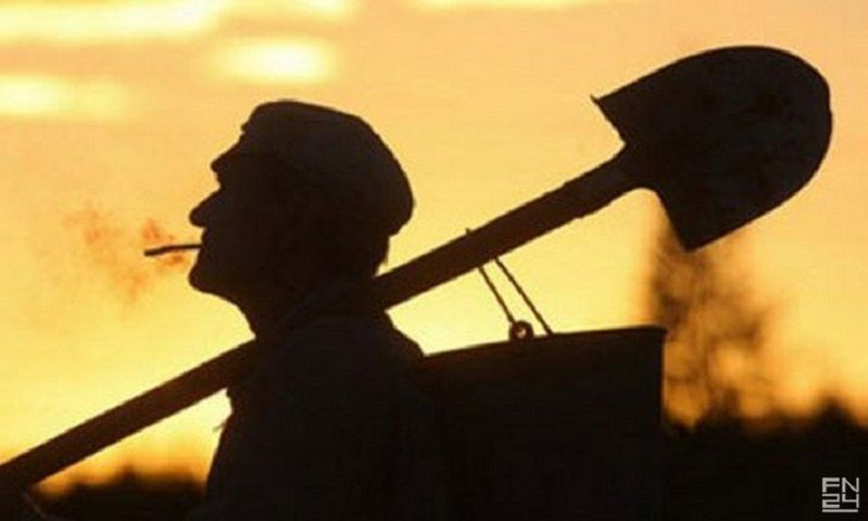 ВСтаврополе милиция задержала подозреваемого вграбеже слопатой
