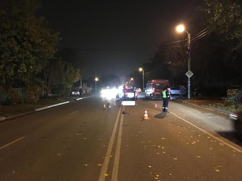 ВЕссентуках пешехода сбили сразу два автомобиля