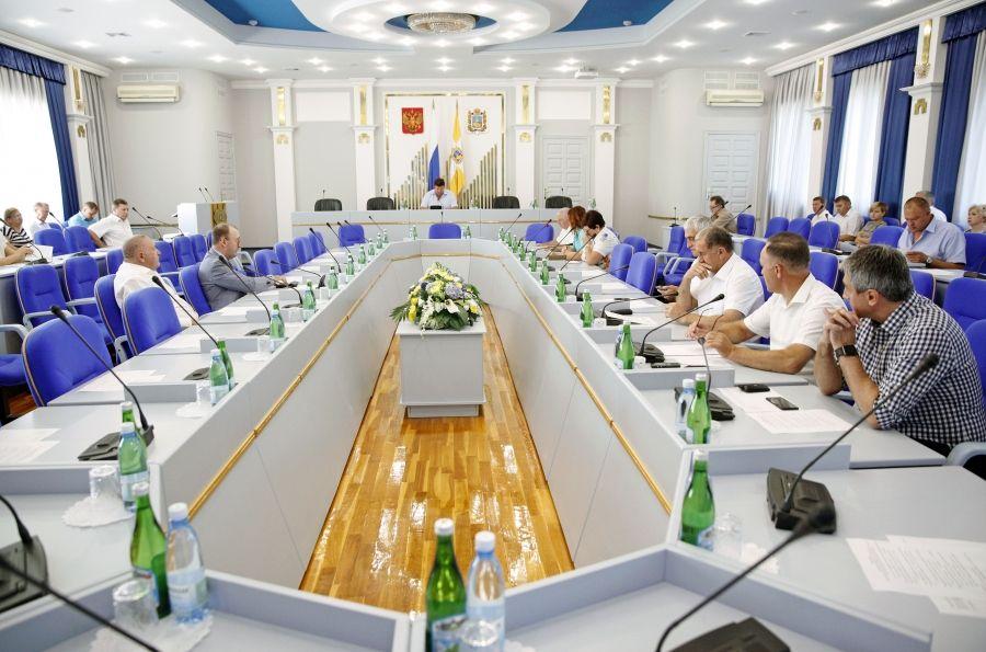 Комитеты краевого парламента готовятся к сентябрьскому заседанию Думы