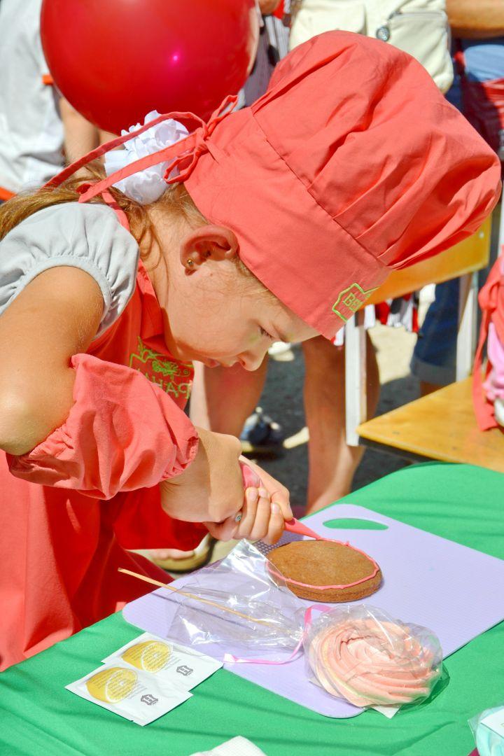 В Невинномысске для детей соорудили арт-городок и провели мастер-классы
