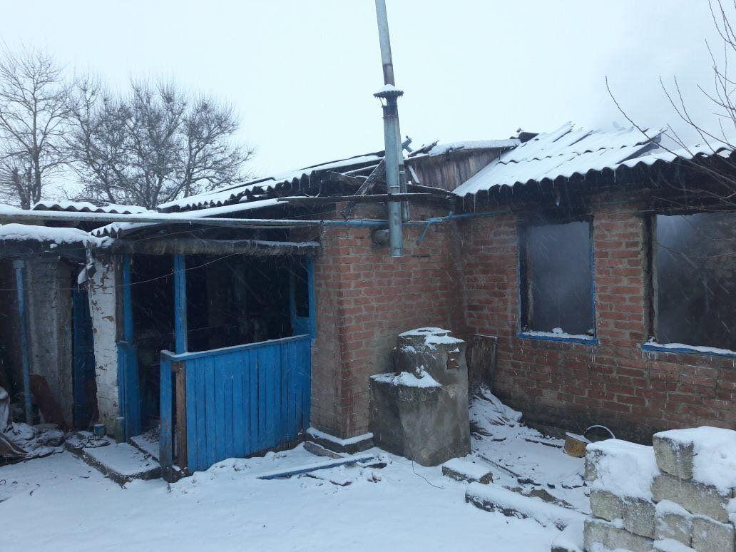 В сгоревшем частном доме на Ставрополье обнаружили тело человека