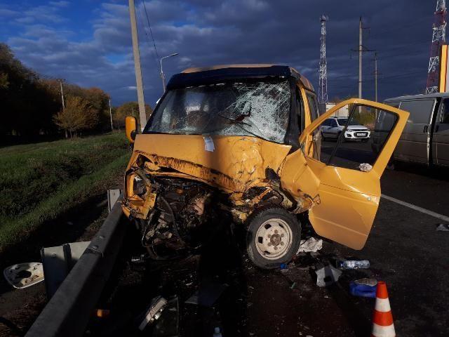 В Ставропольском крае в тройном ДТП пострадали три человека