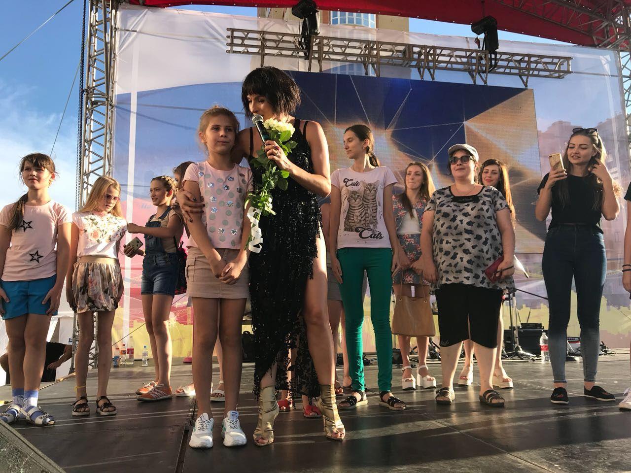 В Ставрополе звезды российской эстрады выступили в честь юбилея «ЮгСтройИнвест»
