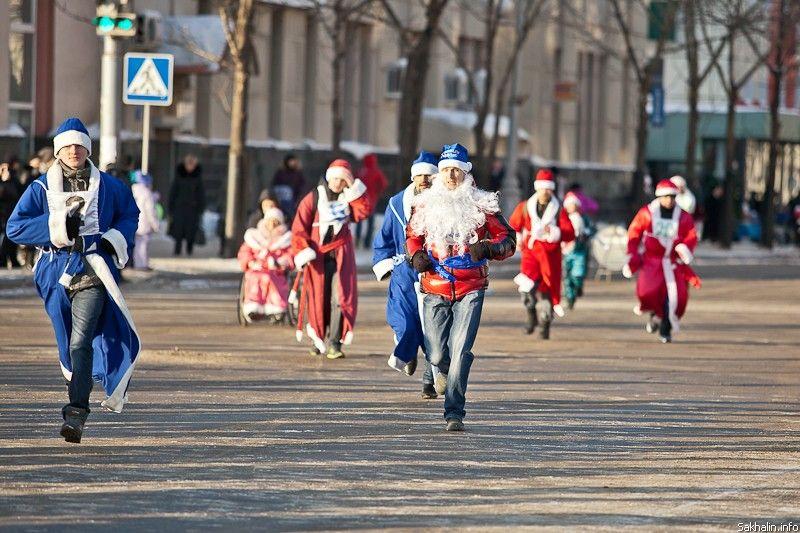 Ставропольцев приглашают на забег в карнавальных костюмах на площади Ленина
