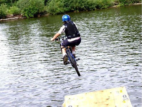 В Пятигорске пройдут соревнования по прыжкам в воду на велосипеде