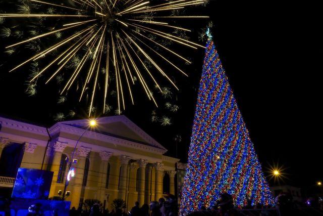 На ёлках Ставропольского края зажглись новогодние огни