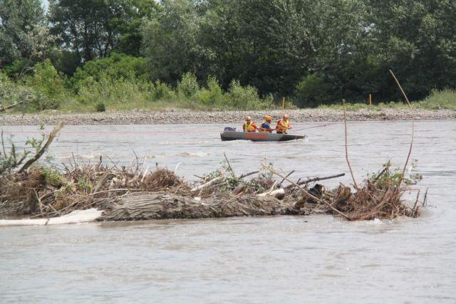 На Ставрополье из реки извлекли останки человека