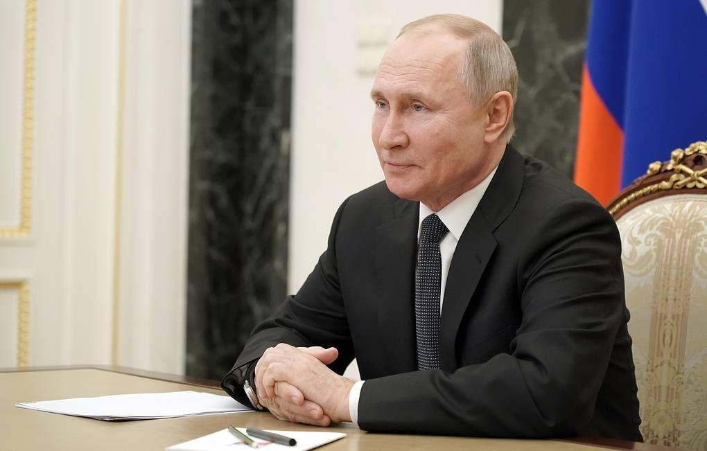 Русские вакцины безусловно надежны и неопасны — Путин