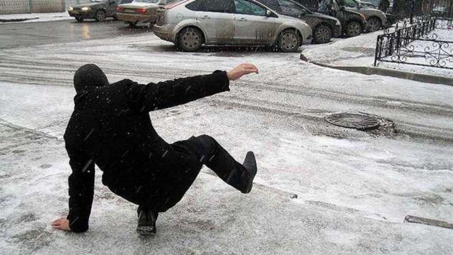 На Ставрополье 2 января прогнозируются порывы западного ветра, гололедица