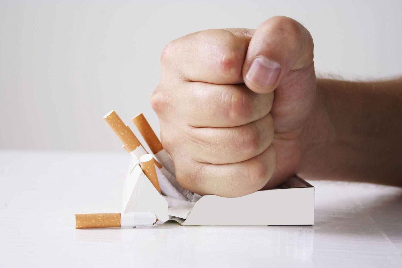 Онкологи рассказали, как просто бросить курить