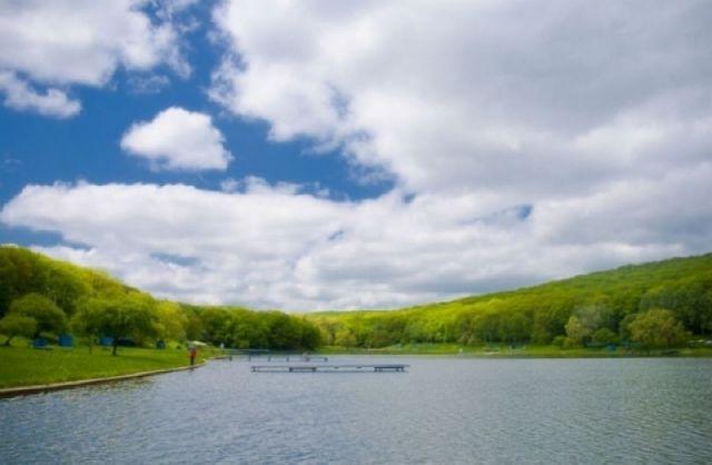 Комсомольское озеро в Ставрополе готовится к купальному сезону