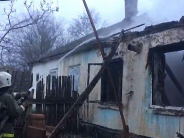 Рано утром в Будённовском районе Ставрополья произошёл пожар, погибли двое