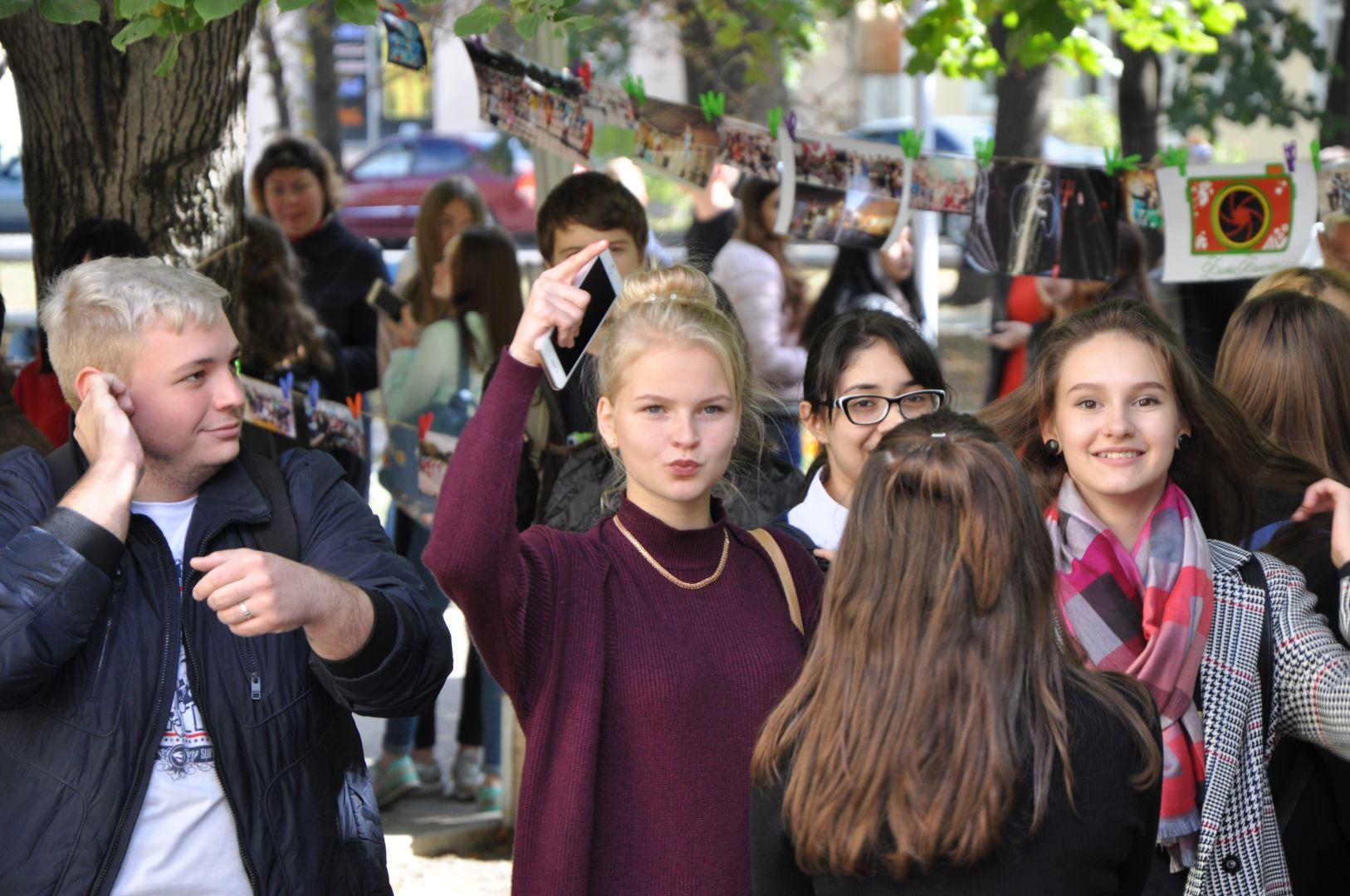 ВЕссентуках первокурсники получили вподарок ящик лапши