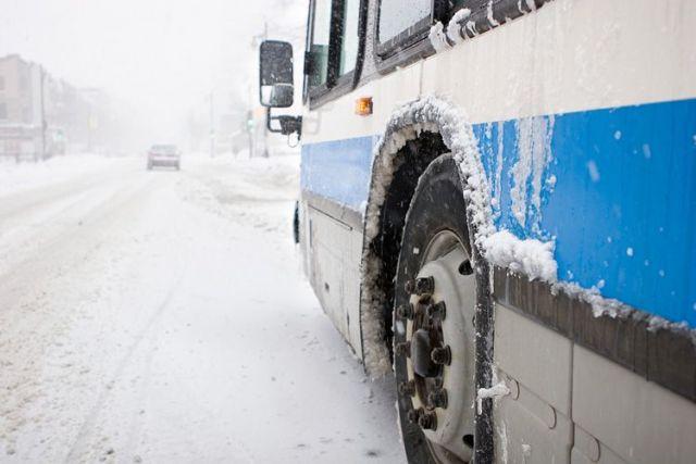 Пассажиры сломавшегося на Ставрополье автобуса продолжили путь