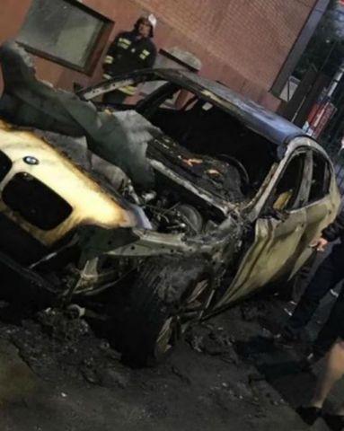 В Ставрополе ночью сгорела дорогая иномарка
