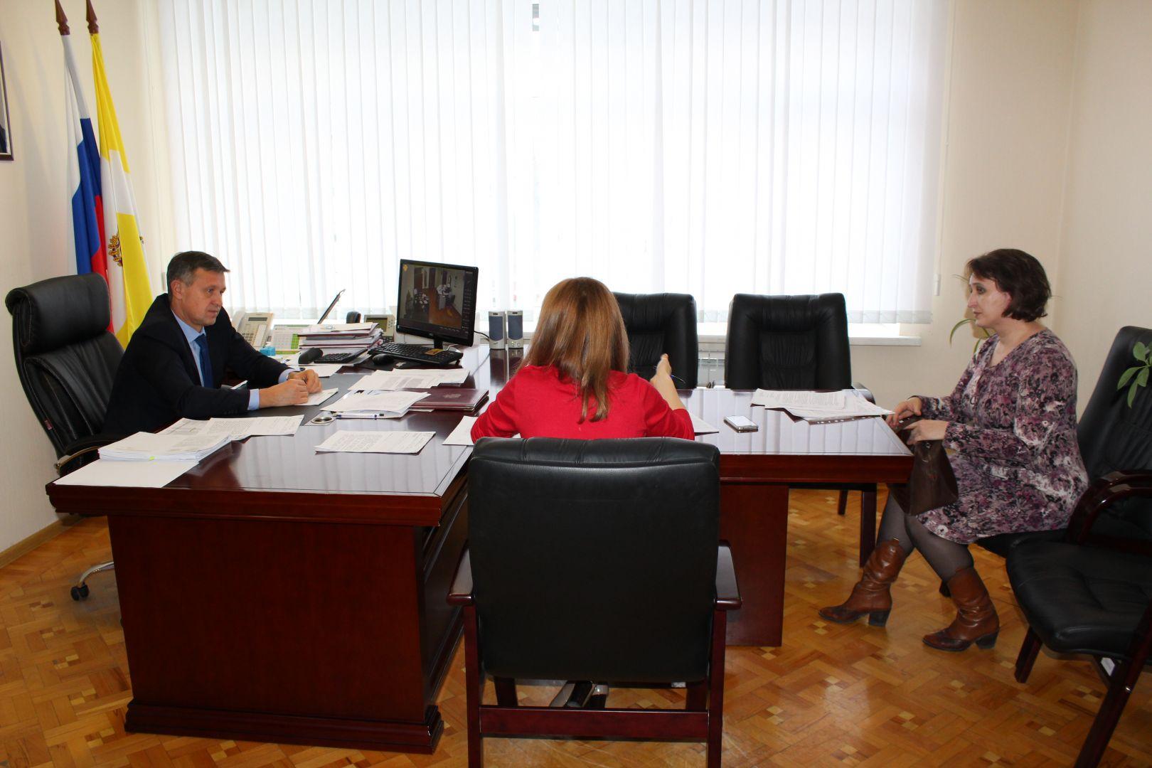 Министр ЖКХ Ставрополья ответил на вопросы жителей краевого центра