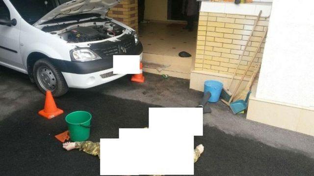 В Ставрополе во время ремонта автомобиля мужчина насмерть сбил друга