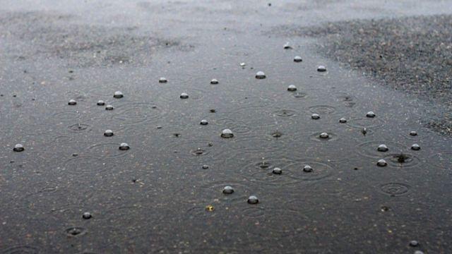 На Ставрополье 2 июня ожидается сильный дождь с грозой, градом и шквалистым ветром