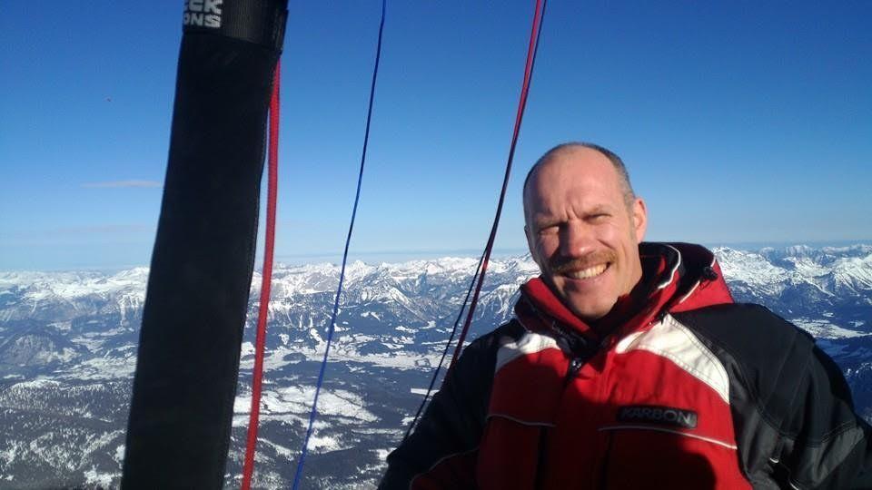Федор Конюхов собрался первым вмире перелететь Эльбрус нашаре