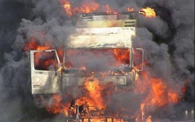 На ставропольской дороге сгорел грузовик