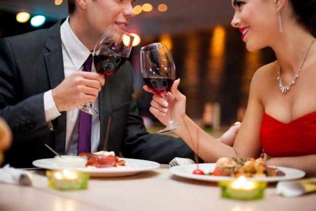 Новогодний ужин в ресторане обойдётся ставропольцам в среднем в 1692 рубля