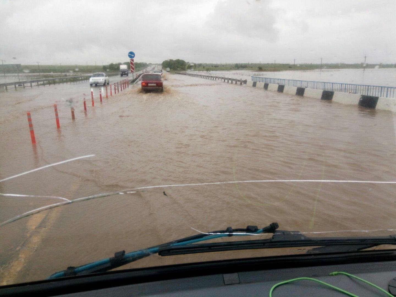 Из-за подтопления перекрыт участок федеральной дороги «Кавказ»