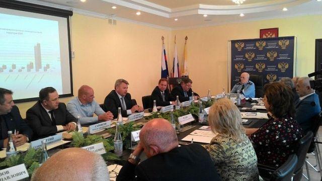 На Первом открытом форуме прокуратуры края обсудили проблемы КМВ и бизнесменов