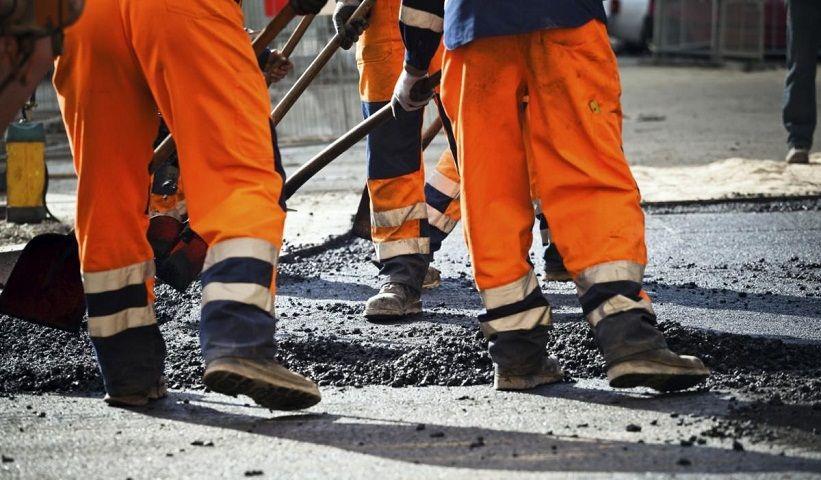 В Пятигорске ремонтируют дороги, которые много лет были в плохом состоянии