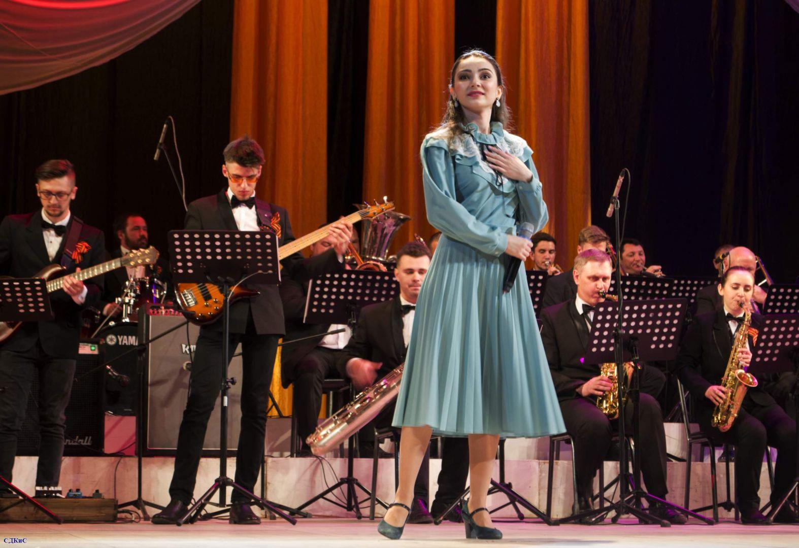 Майские мелодии прозвучали в исполнении оркестра в Ставрополе