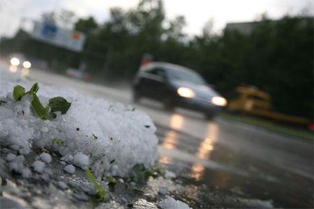 На Ставрополье град повредил около 3 тыс. га зерновых