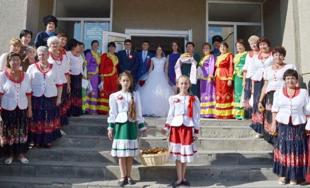 На Ставрополье провели свадьбу в казачьих традициях