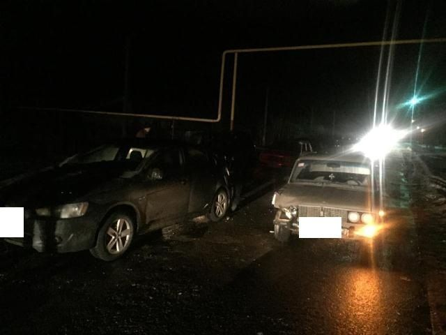 В Ставропольском крае в тройном ДТП погибли два человека