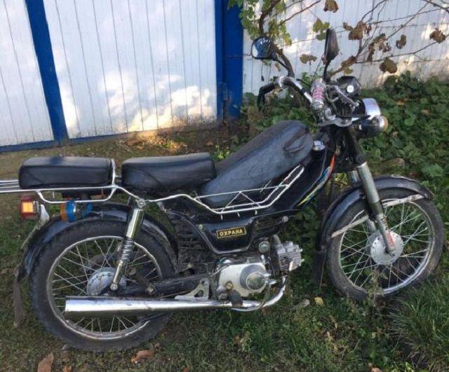 НаСтаврополье шофёр мопеда сбил девочку и исчез сместа происшествия