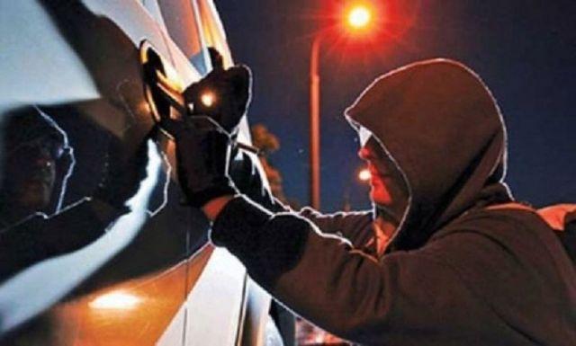 Ставрополец за одну ночь ограбил четыре автомобиля