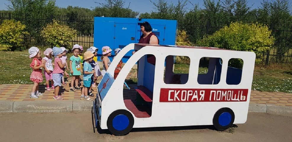 На Ставрополье в детских садах проводятся семейные мастер-классы по правилам перевозки детей