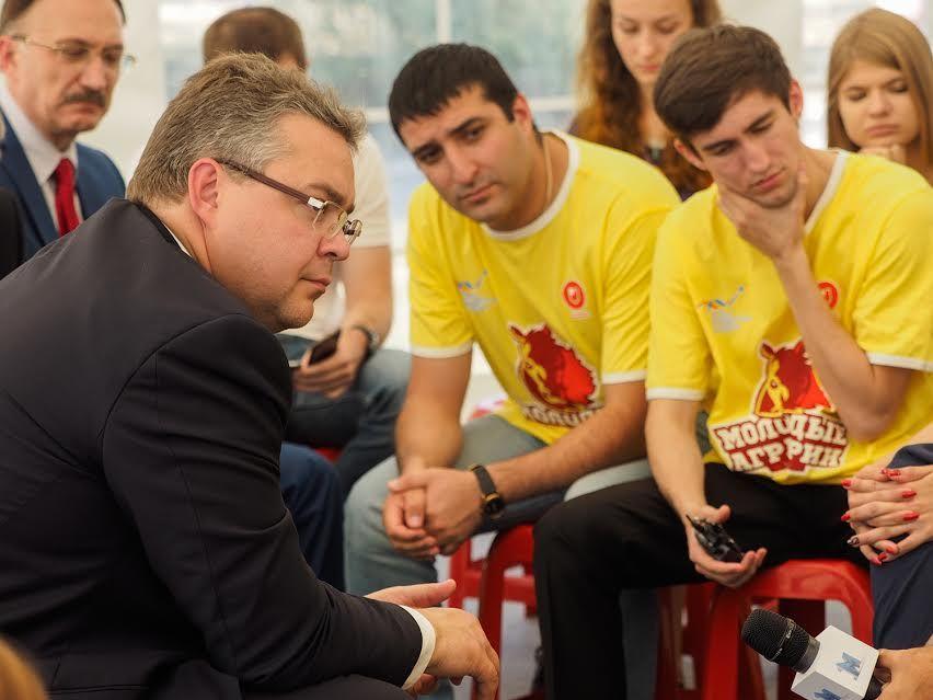 Главы четырёх регионов записали совместное видеопоздравление для ставропольцев ко Дню краю