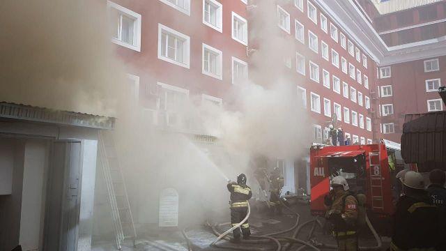 В Ставрополе из гостиницы «Евроотель» из-за пожара эвакуировали 65 человек
