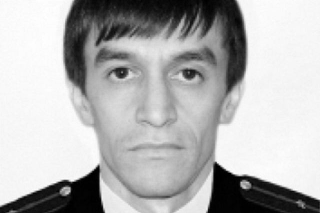 Путин присвоил звание героя России расстрелянному дагестанскому полицейскому