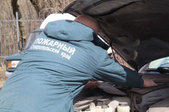 На Ставрополье водитель заснул за рулём легковушки, пострадали три человека