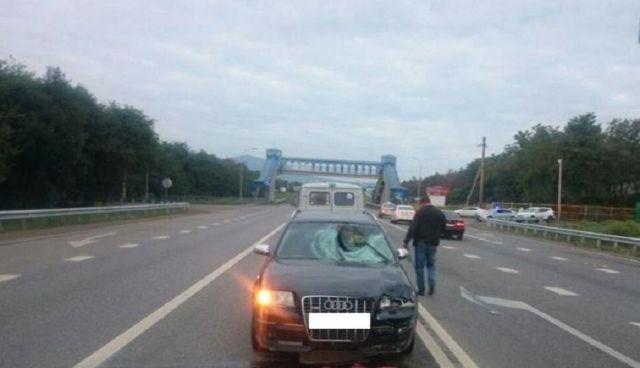 На Ставрополье водитель иномарки насмерть сбил двух пешеходов-нарушителей