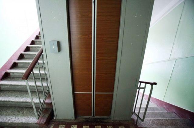Верховный суд: Все жильцы многоэтажек должны платить за лифт