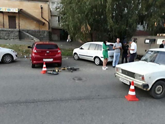 В Ставрополе водитель легковушки сбил 10-летнего велосипедиста
