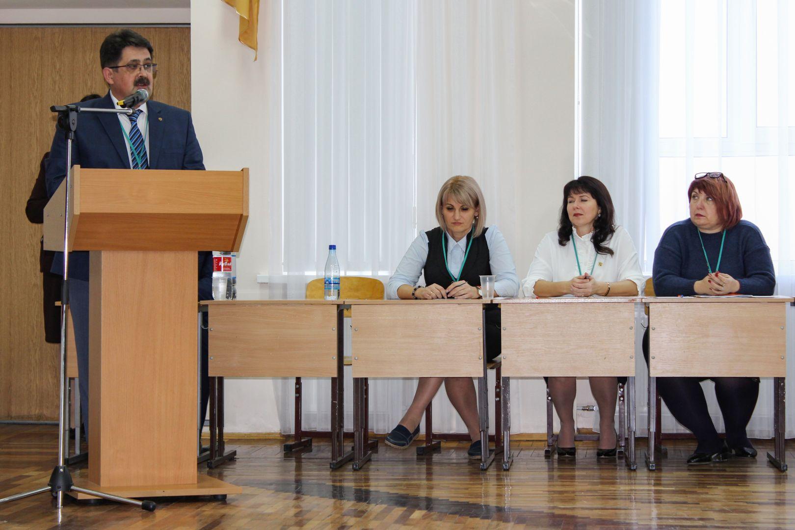 Лучший директор школы Ставропольского края работает в Кочубеевском районе
