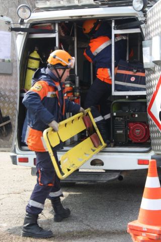 200-килограммовую ставропольчанку спасатели на носилках выносили из больницы