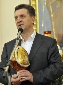 Валерий Гаевский принял участие во всенощной пасхальной службе