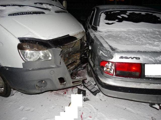 На Ставрополье водитель легковушки заснул за рулём и совершил тройное ДТП